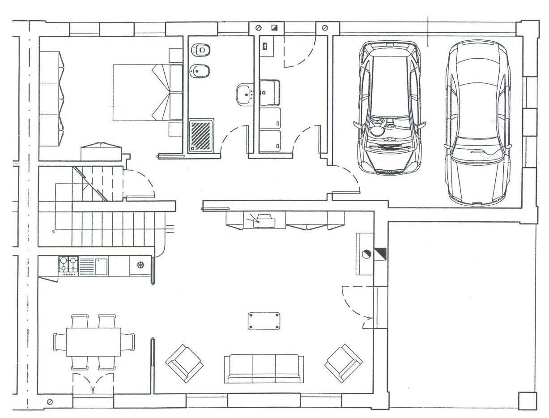 Ottima porzione di bifamiliare con mq di giardino for Foto case con giardino